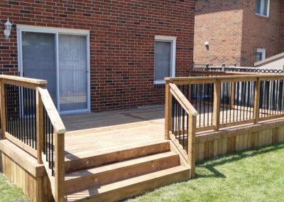 Custom Wood Deck Mississauga (4)